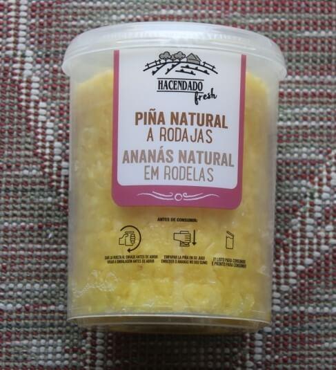 Ananas frais en tranches
