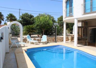 La piscine à disposition des Hôtes de la villa B&B en Calpe Benissa