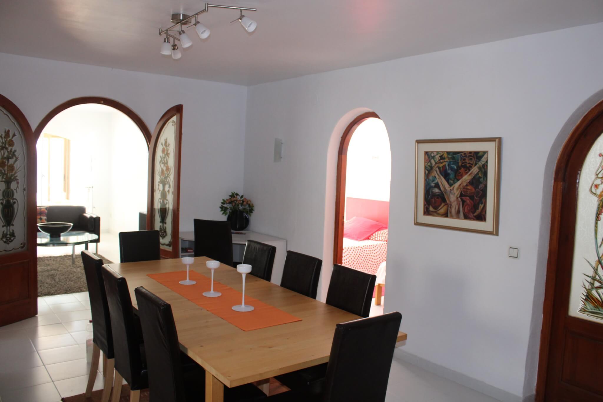 La salle a manger au centre de l'appartement